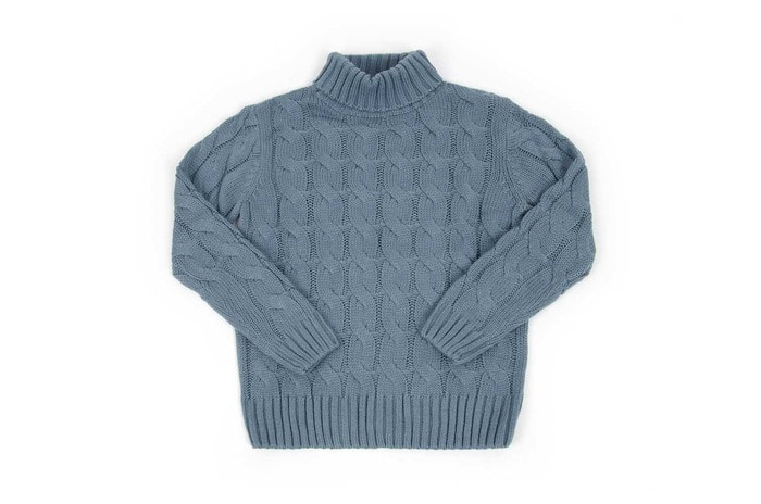 twist turtle neck knit